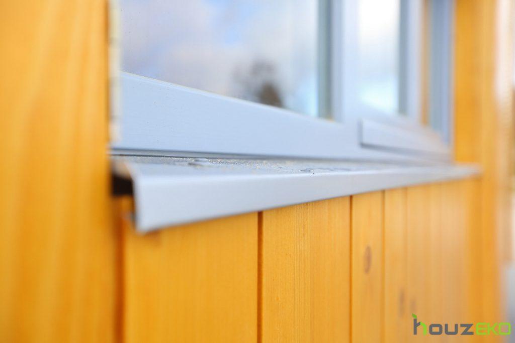 houzeko side window